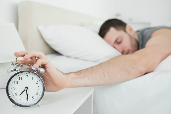 what-are-reasons-you-wake-up-tired-995802209-dec-13-2012-1-600x400