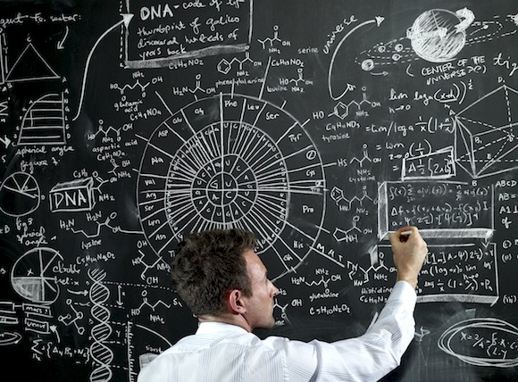 فرص الكيميائيين والفيزيائيين في سوق العمل