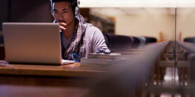 كورسات مجانية لاجتياز اختبار TOEFL