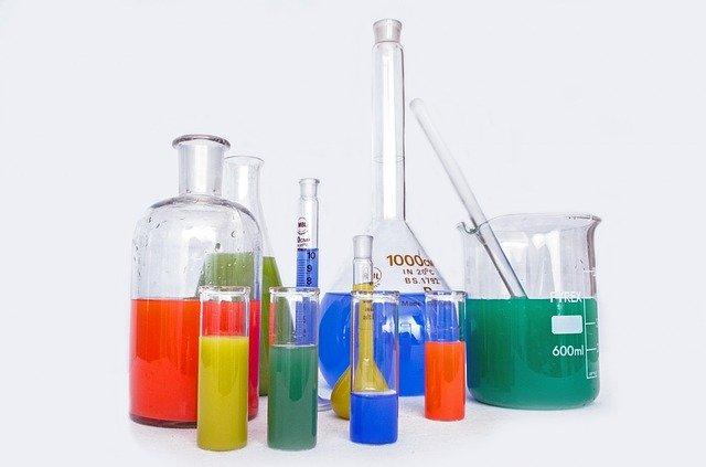 المواد الكيميائية السامة